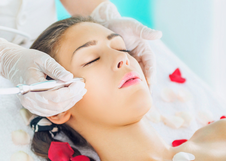 Microdermabrasion Procedure in Topeka Kansas From Renew Medical Aesthetics - Mircrodermabrasion